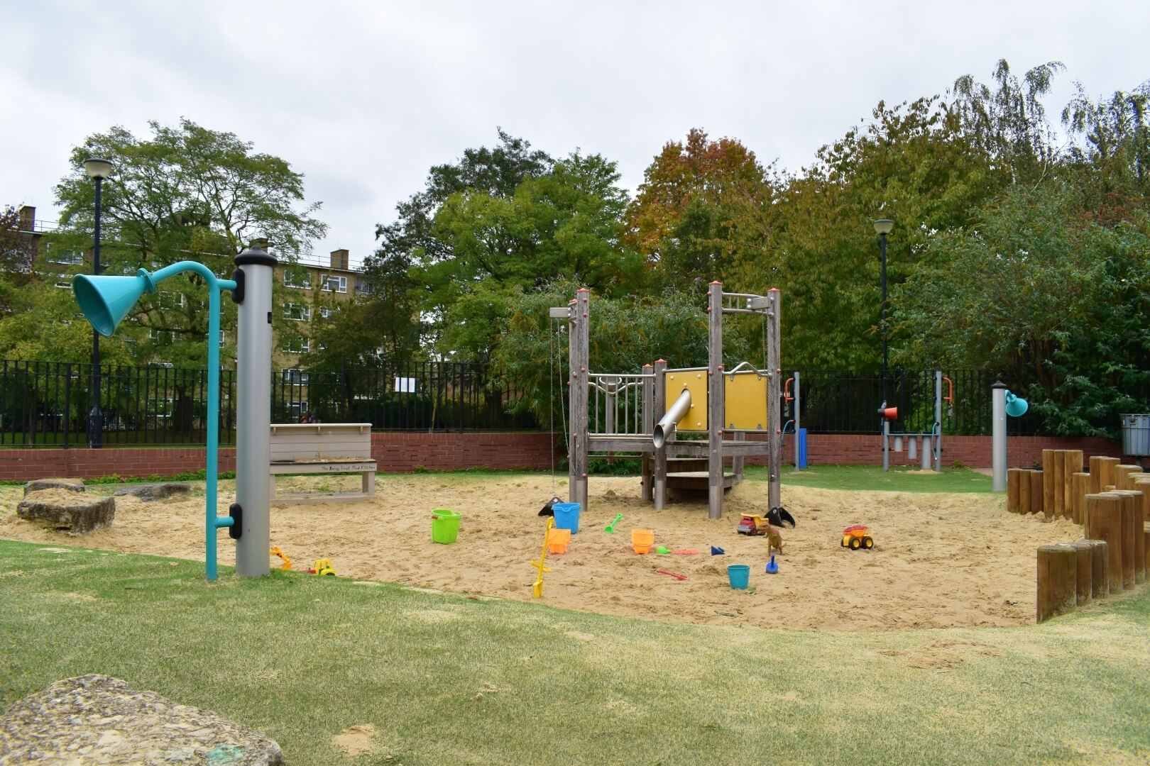 Rays Playhouse Childrens Centre Sands End Fulham (6)